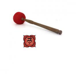 Bat pentru bol cantator din lemn de piersic cu capat infasurat in lana de oaie (cod F48)