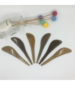 Dispozitiv multifunctional,masaj, presopunctura, cu gamalie, din corn de bivol