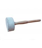 Bat pentru bol cantator din lemn de piersic cu capat infasurat in lana de oaie (cod F30)